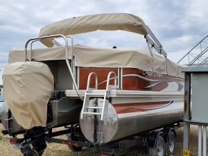 Tan snap boat and motor cover